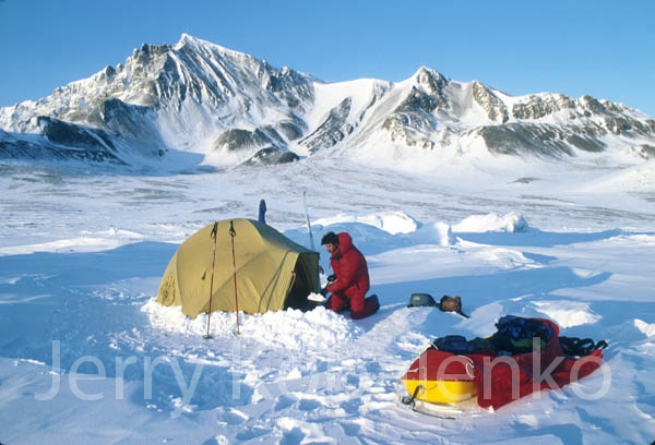 The North Face still makes the VE-25 which has the same inner tent as the VE-24 but whose fly includes an enclosed vestibule rather than just a small ...  sc 1 st  Jerry Kobalenko & Jerry Kobalenko Ellesmere Island Ellesmere Adventure Arctic Travel ...